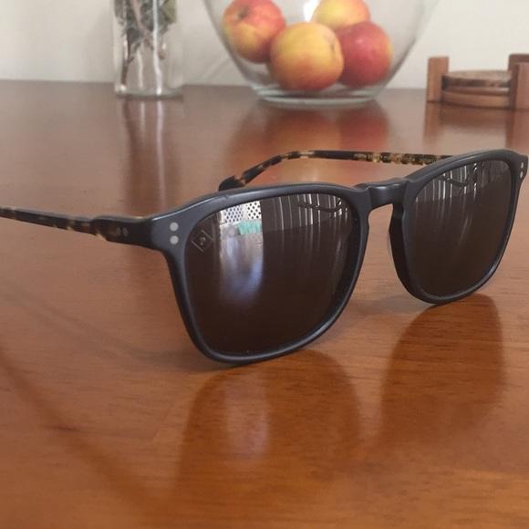 c0252cef0da Raen Wiley sunglasses. M 5ab6f5883a112e71e81f8ce8